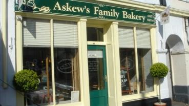 Askews3-ws-20121