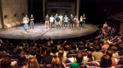 4-4678-National-Theatre-Olivier-Stage-pergormance