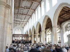 800px-Concert_by_Aldeburgh_Voices_at_Blythburgh_Church